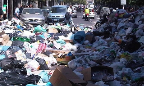 rubbish - naples