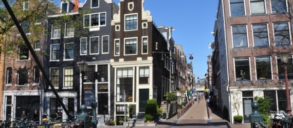 Amsterdam's New Housing Frontier: The Unused Space Above Stores