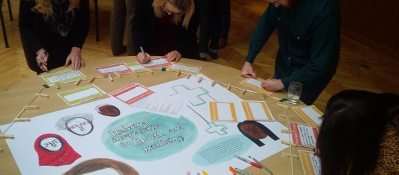 """5 things we learned at our last webinar """"Supporting community voices: the power of ethnographic, participatory and peer research"""""""